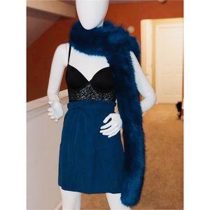 Accessories - Blue faux fur collar